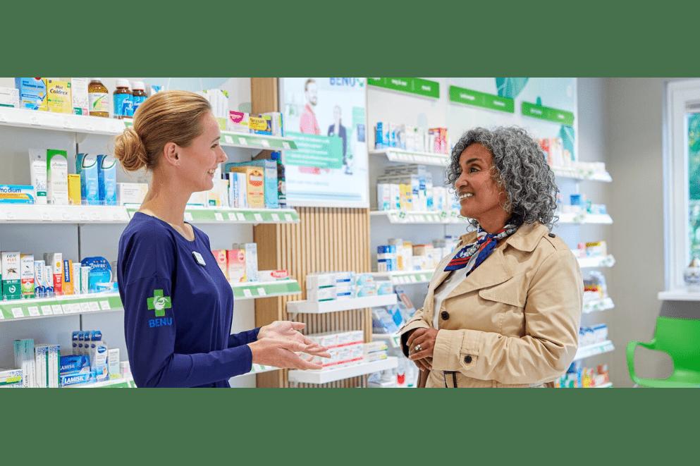 BENU apotheek met klanten